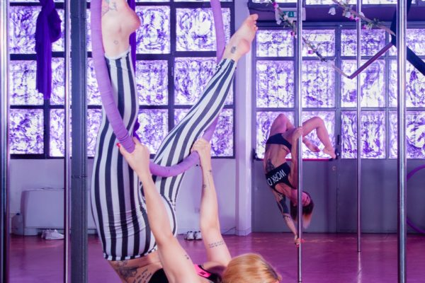 aerial_hoops_pole_dance_milano